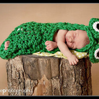Baby Crochet Frog Cocoon WITHOUT BOW  Photography Prop Halloween Costume