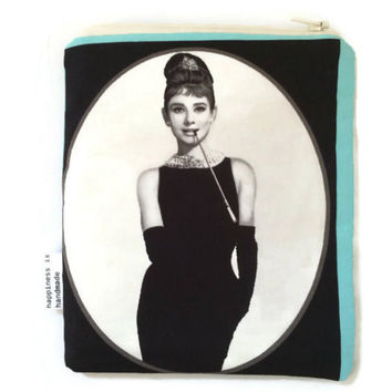 Romantic Purse - Cosmetic Bag - Audrey Hepburn - Girls Accessory - Makeup Bag - Zipper Pouch - Gift Idea for Her - Movies - Black and White
