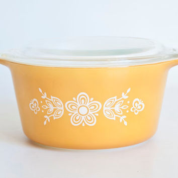 Vintage Pyrex Butterfly Gold Casserole with Lid, 1 Quart Round Baking Dish, Crazy Daisy Leftover Storage Container, 473