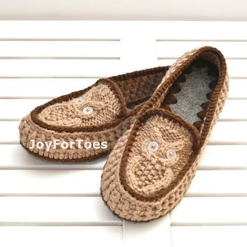 Crochet Slippers Owls Light Brown