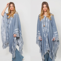 Vintage 70s KNIT Poncho Blue & White FRINGE Tribal Cape Boho Poncho Draped Long Southwestern Tunic O/S