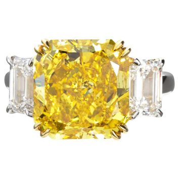 7.72 Carat Fancy Vivid Yellow Radiant Cut Diamond Engagement Ring