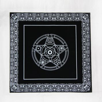 Black Tarot Tablecloth 49*49cm High Quality Flocking Fabric Beautiful Star Game Tarot Board Game Accessories