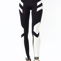 Point-The-Way-Chevron-Biker-Leggings BLACKWHITE - GoJane.com