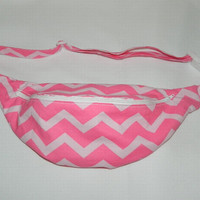 Pink Chevron Print Fanny Pack - Hip Bag - Women and Teen Girls Hip Pouch