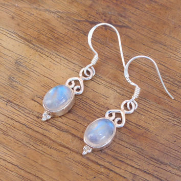 Natural Rainbow Earring, Oval Shape Moonstone Gemstone Earrings, Blue Moonstone Silver Earrings,Moon stone earring, Silver Moonstone Earring