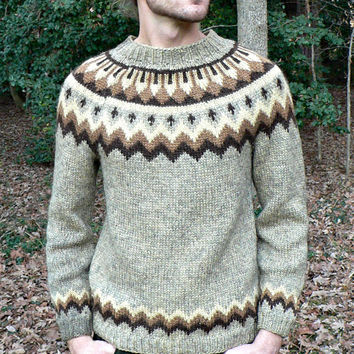 1950's Hand Knit Wool Nordic Ski Sweater -Thick Knit Fair Isle -Beige Heather w/ Brown Designs -Retro Style