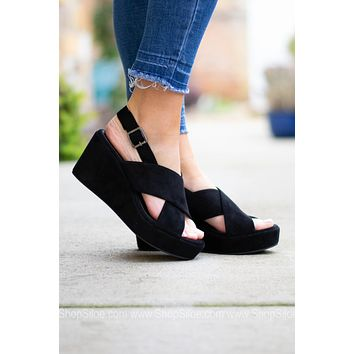 New York Black Wedge