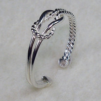 Mini Celtic Love Knot Adjustable TOE Ring with by AviationJewelry
