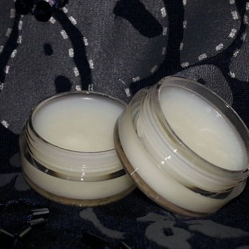 Natural soy lip balm. Coconut flavor. Moisturizing for soft lips