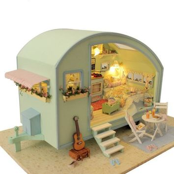 DIY Wooden Miniature Doll House