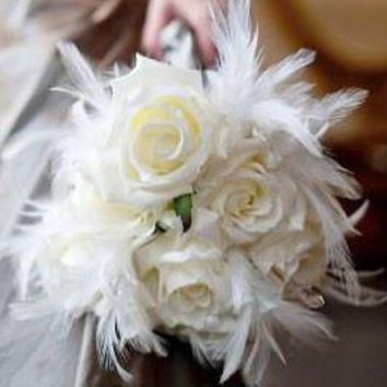 "Ostrich Feather Pick in Cream White - 14"" Tall"