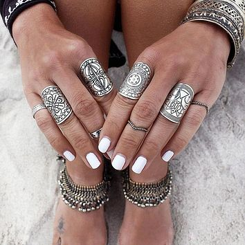 docona 4pcs Sliver Plated Vintage Rings Set Beach Rings Ethnic Totem Carving Boho Style Rings for Women Charm jewelry