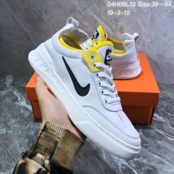 DCCK2 N920 Nike Dunk SB Neon J-Pack 2019 Leather Low Skate Shoes White
