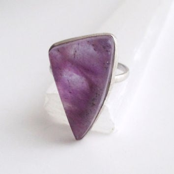 Amethyst & Sterling Silver Ring. February Birthstone. Vintage Jewelry. Size 8