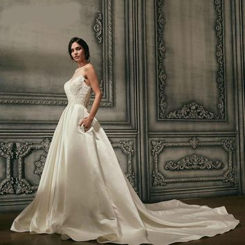 Satin Wedding Dresses Beads Neck Bridal Gowns Long Track Backless   Robe