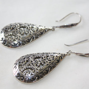 Sterling Silver Earrings, Vintage Filigree Earrings, Drop Dangle Earrings, Boho Earrings. 1970s Estate  Jewelry