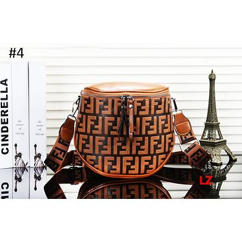 Fendi 2018 autumn and winter new women's bag shoulder bag bucket diagonal handbag #4