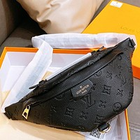LV Louis Vuitton Fashion Hot Sale Men's and Women's Letter Embossed Waist Bag Crossbody Bag
