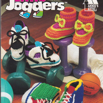 Little Joggers booklet from Annie's Attic 6 patterns for crochet baby athletic booties for boys and girls using worsted weight yarn