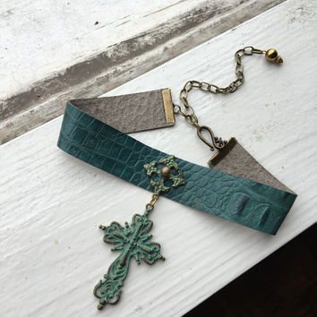 Green Cross Choker
