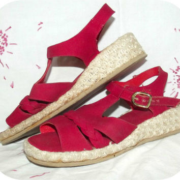 Vintage 50s 60s RED Canvas Raffia Wedge Sandals Sz 6 VLV T-Strap Shoes Espadrilles Pin-Up Rockabilly Swing