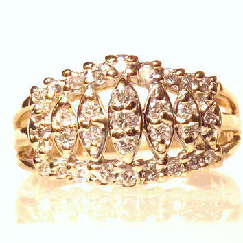 Gorgeous Diamond Cluster 14K Yellow Gold Ring