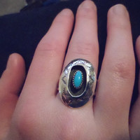 Authentic Navajo Southwestern Native American sterling silver vintage traditional style Kingman turquoise stamped shadow box ring,size 7 1/2