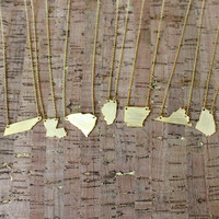 Gold State Solid Necklace - Louisiana