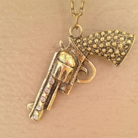 Pistol Necklace from Country Wind