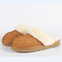 Hot Sale Luxury Winter Plush Leather Furry Flip Flops House Fuzzy Fur Soft Bedroom Ladies Slippers Women Brand zwt ug shoes