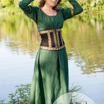 "Medieval Dress with Corset Belt ""Forest Princess"""