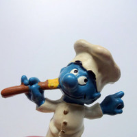 Vintage Chef Smurf Fridge Magnet 1983