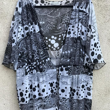 Vtg 1990s Sheer Bikini Cover Up / Black and White Abstract Op Art Pattern / Psychedelic Sheer Short Sleeve Robe / Beach Pool Swim Cover Up