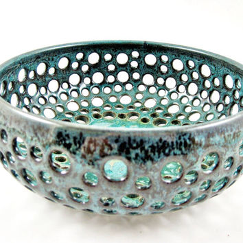 Pottery berry bowl, handmade fruit bowl - Made to order