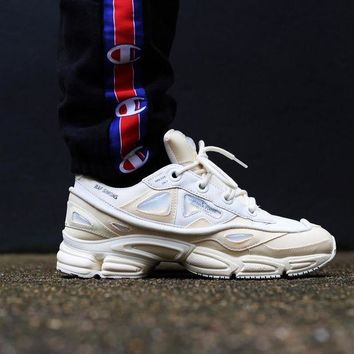 DCCKGV7 Best Online Sale Raf Simons x Adidas Consortium Ozweego 2 III Retro Sport Smart Running Shoes Bunny Cream Trainers Shoes S81161