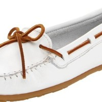 Minnetonka Women's Smooth Leather Moccasin