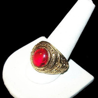 Red Stone Eagle Ring Gold Metal High School Ring Mans Sz 11 Vintage 1960s