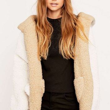 Ecote Teddy Reversible Jacket - Urban Outfitters