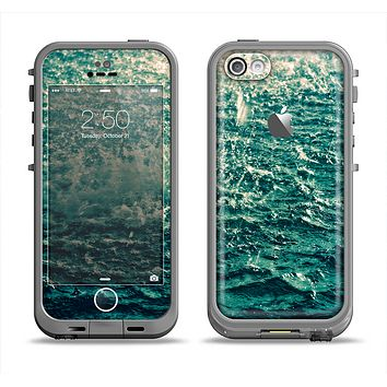 The Rough Water Apple iPhone 5c LifeProof Fre Case Skin Set