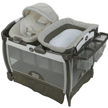 Graco® Pack 'n Play Playard Snuggle Suite LX Bassinet Changer