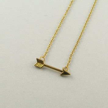 Tiny Horizontal Arrow Necklace/ Gold Arrow Necklace/Gift for Her
