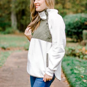 Mountain Lane Fleece Pullover