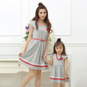 Mother Daughter Dresses Summer Dress Girls and Women Cotton Dresses matching mother daughter  clothes  with Belt and Necklace