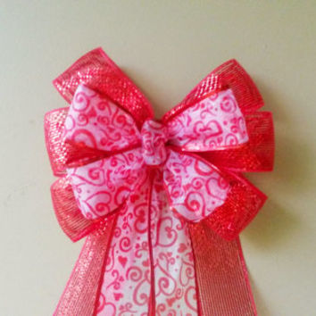 Mesh Heart Valentine Bow, Valentines Day Bow, Valentines Wreath Bow,  Heart Bow,  Door Mailbox Tree Topper Decoration