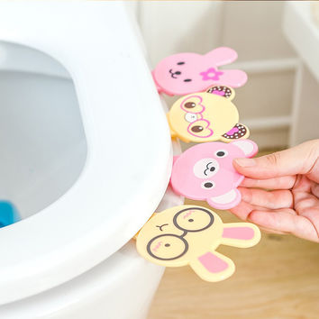 Cartoon animals large green plastic hands dirty toilet cover seat flip Uncovery PP toilet lifting tool