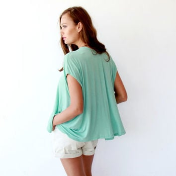 Boxy summer minty top