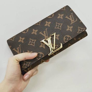 LV Louis Vuitton Hot Sale Fashionable Leather Buckle Wallet Purse