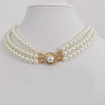 Faux Pearl Vintage choker, vintage Pearl necklace,Gold and Pearl chocker,multi strand pearl necklace