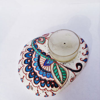Tea light Artisan stone Candleholder Painted stone Stone tea light Stone candleholder Paisley decor Shabby chic decor